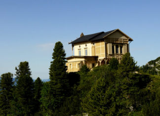 Chata krále Ludvíka II. Bavorského na hoře Schachen