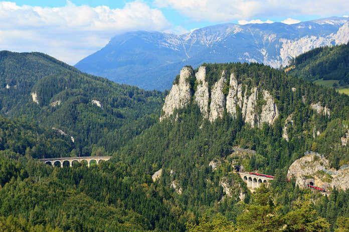 Železnice Semmering a viadukt Kalte Rinne