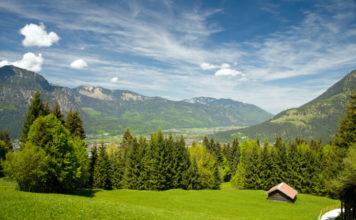 Pohled na Garmisch-Partenkirchen