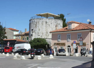 Kulatá věž v Poreči