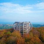 Naturerbe Zentrum Rügen - vyhlídková věž Orlí hnízdo na podzim