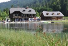 Jezero Jägersee - pohled na penzion